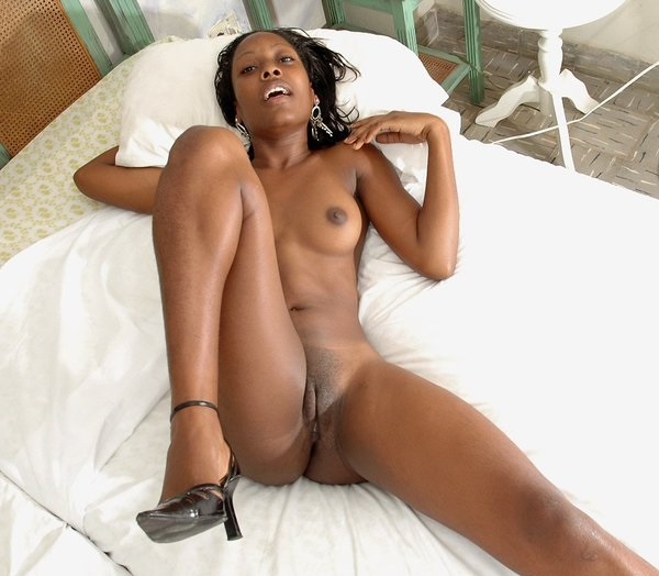 image Ebony squirts after fucking black dildo