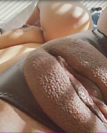 It's every women's dream to have this kind of fat pussy – Don't you think so? – Photos
