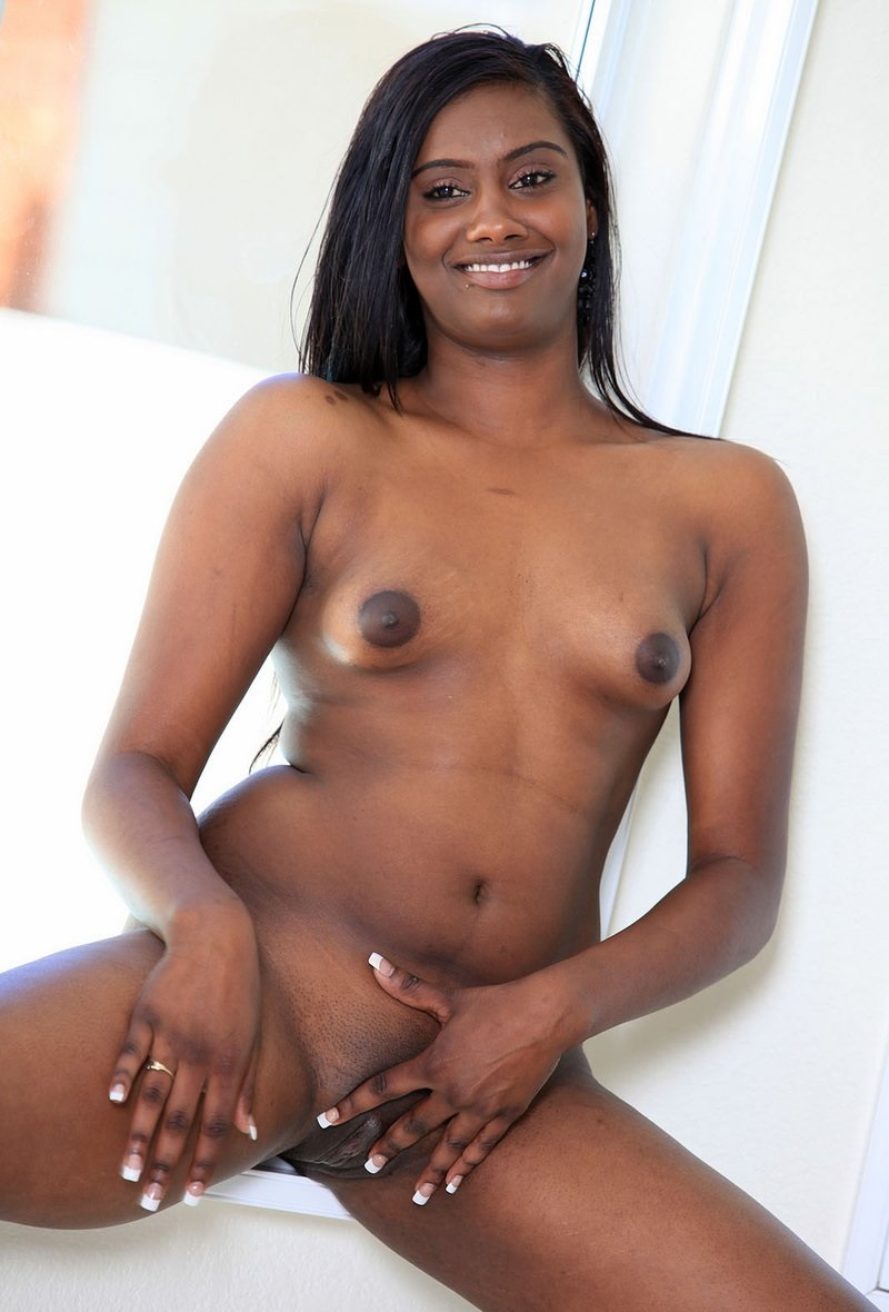 Small nude indian girls pussy pictures for lovely